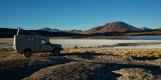 Notre bivouac à la Laguna Hedionda à  4123 m d'altitude. La lagune est partiellement couverte de glace