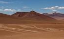 Dédale de piste dans le désert de Siloli au nord du Reserva Nacional de Fauna Andina Eduardo Avaroa