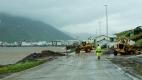 Les bulldozers réparent la route
