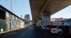 Street art à Johannesburg sur des piliers d'autoroutes
