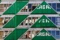 Composition pour containers dans le quartier de Maboneng