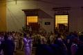 L'orchestre  interprète une marche funèbre à  « La Procession des Adieux » du Vendredi Saint