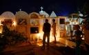 Illumination du cimetière à Mompox le Mercredi Saint