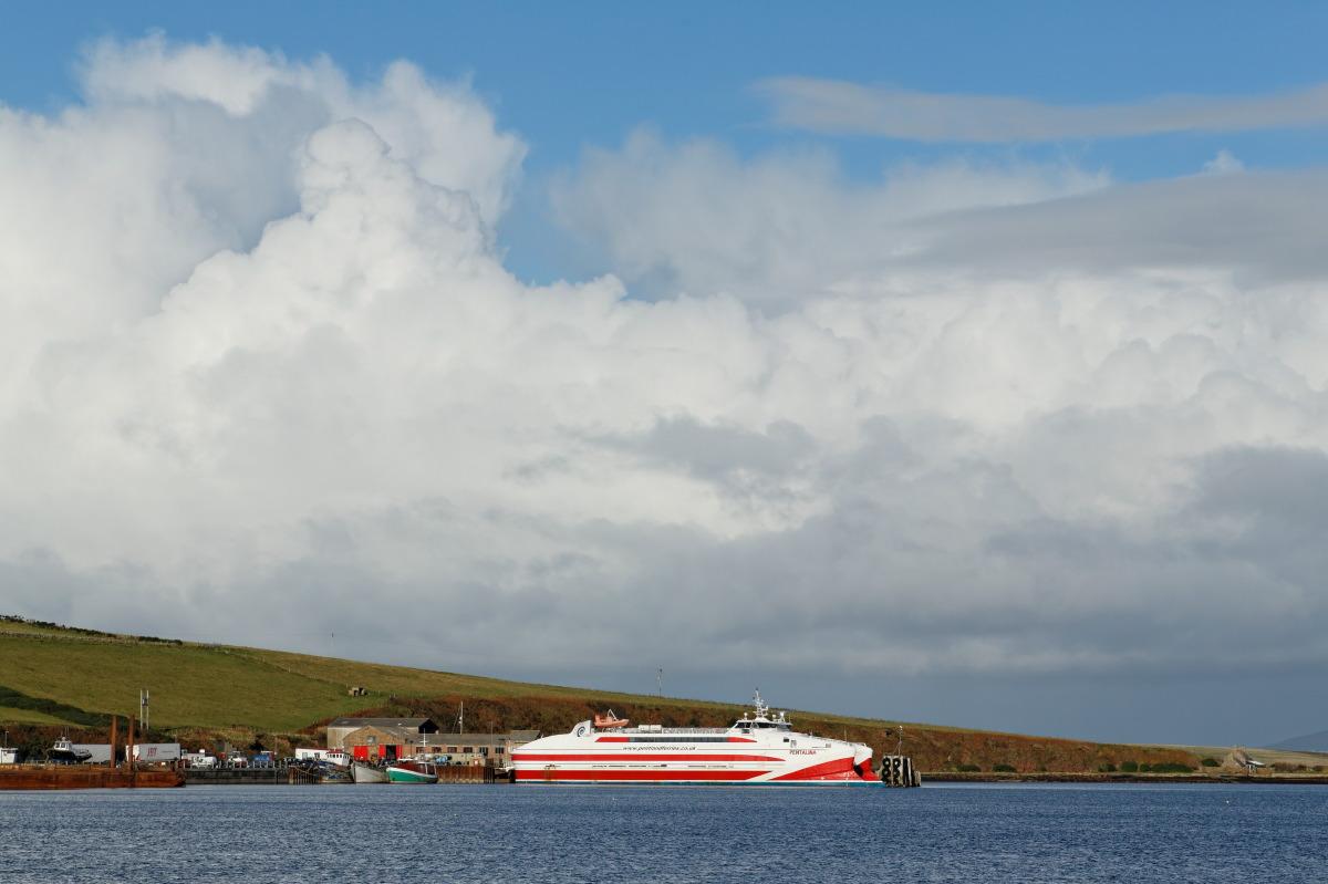 Ferry pour les Orcades, arrivée à St Margaret's Hope